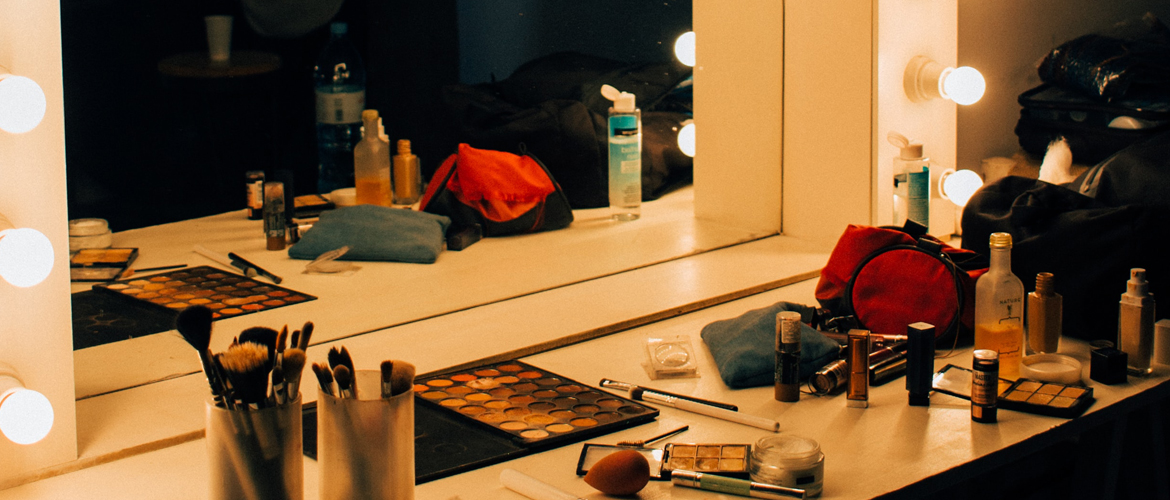Dressing Table Ideas For Every Girl